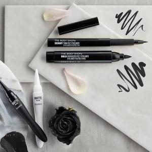 Черный карандаш кайал для глаз