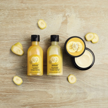 Banaani toitev šampoon