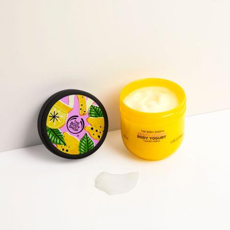 Särtsakas sidrun kehajogurt
