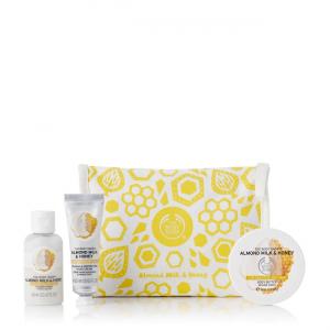 Подарочный набор в косметичке Миндальное молочко и мед