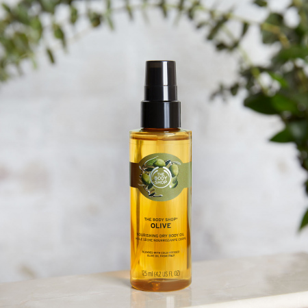 Oliivi toitev kuivõli kehale