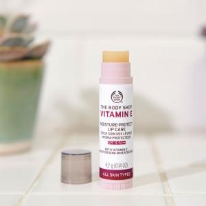 E-vitamiini huulekreem SPF15 PA++
