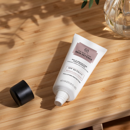Skin Defence mitmeotstarbeline kerge kaitsekreem SPF 50 PA+++