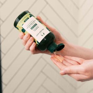 Moringa läiget andev ja kaitsev šampoon